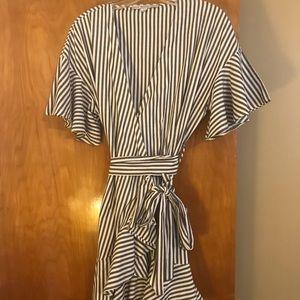 Dresses & Skirts - Vertical striped wrap dress